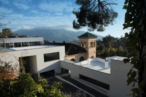 Balneario-Fachada_desde_jardin[1]
